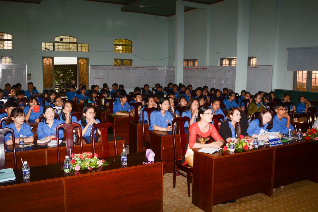 Một vài hình ảnh Đại hội Đoàn trường năm học 2016-2017