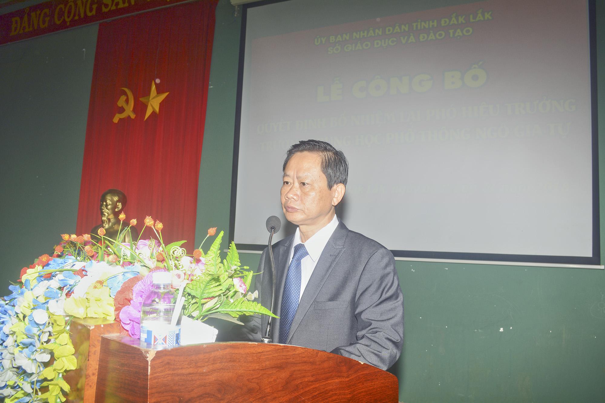 Thầy Bùi Hữu Thành Cát phát biểu chỉ đạo, chúc mừng